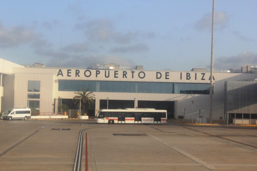 Аэропорт Ибицы !