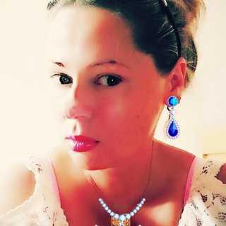 AnastasiaAvery avatar