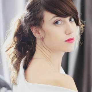 JulietteKinakh avatar