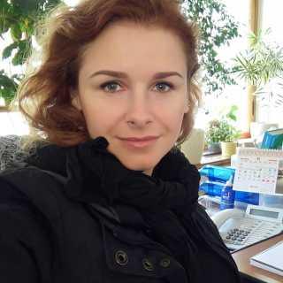 IuliiaKomar avatar