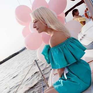 StasyaOpasnayaBlonda avatar