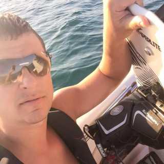 AlekseyLyashko avatar
