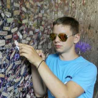 MaksimPonomarenko avatar