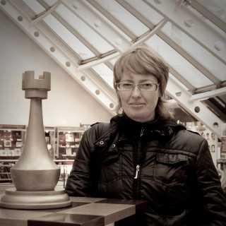 IrinaVikhrova avatar
