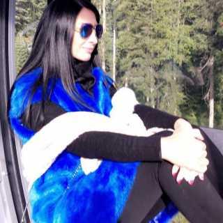 AylaAlmira avatar