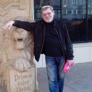 YuriyGirenko avatar