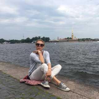 LarysaMukhachova avatar