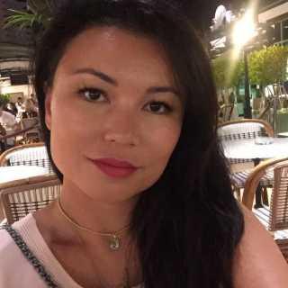 ZarrinaSarbasova avatar