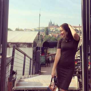 AzemaBerenalieva avatar
