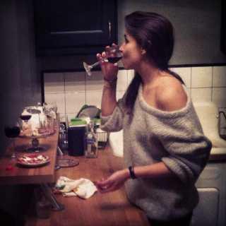 LenaKomarova_bacb9 avatar