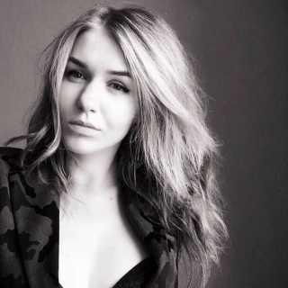 AlexandraGabrielik avatar
