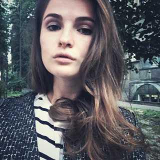 AnnaLukash avatar