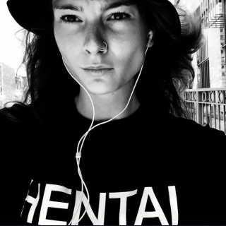 IrinaKulikova_4c01b avatar