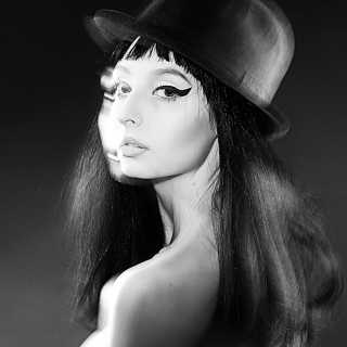 AnnaLenskaya avatar