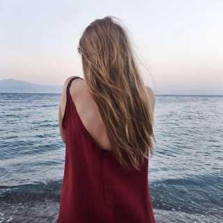 AlyonaKo avatar