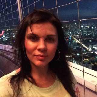 AlenaHomutenko avatar