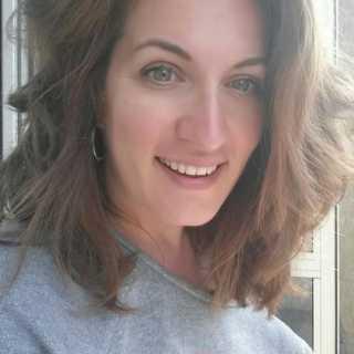 JuliaStrand avatar