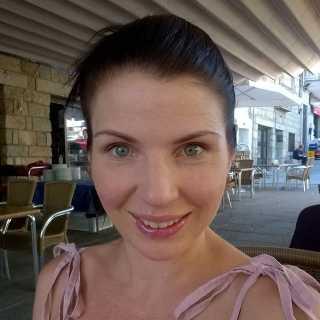 RudusElena avatar