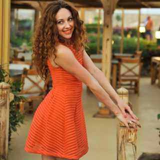 MilaMila avatar