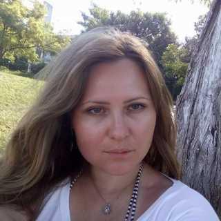 DaryaChuhunova avatar