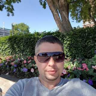 RomanMartonenko avatar