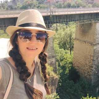 VeronikaVlasenko avatar
