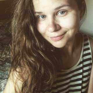 HeleneHomutova avatar