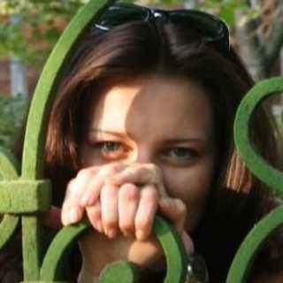 MyroslavaKosovych avatar