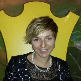 AngelikaLuisetto avatar