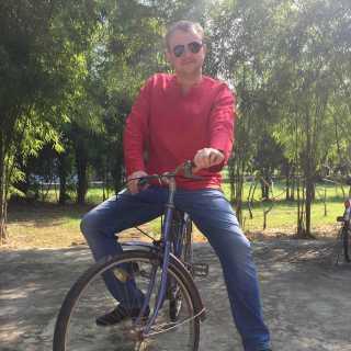 DenisUshakov avatar