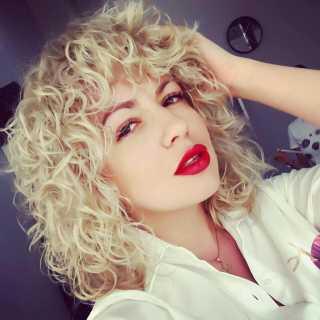 MiraLarina avatar