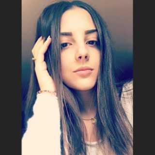 AndrianaRachkulynets avatar