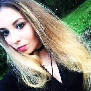 XeniaPauli avatar