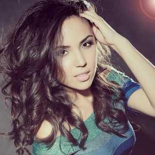 ZarinaAkchurina avatar