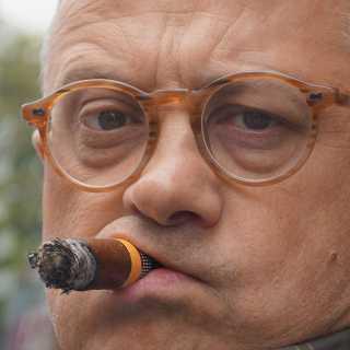 VolodymyrKurennoy avatar