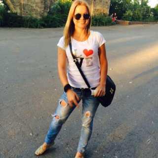 YuliaZaharchenko avatar