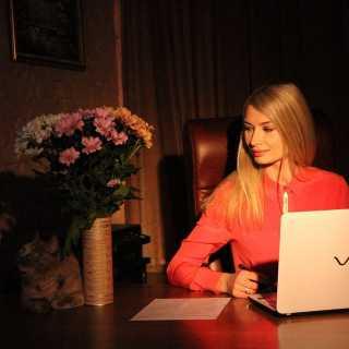 YuliyaNikitenko avatar