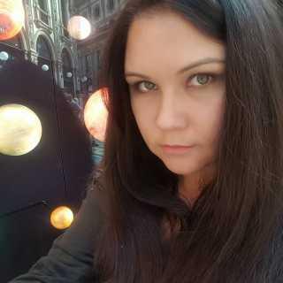 NadyaVaa avatar