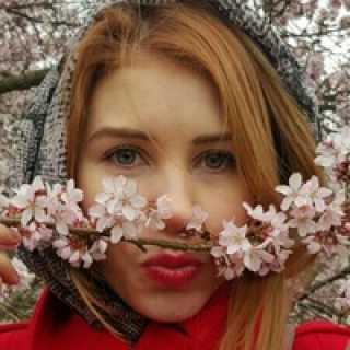 alyonalyonya avatar