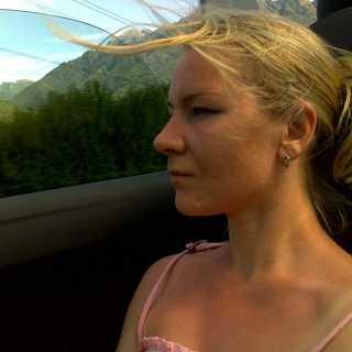 ValyaBobrova avatar
