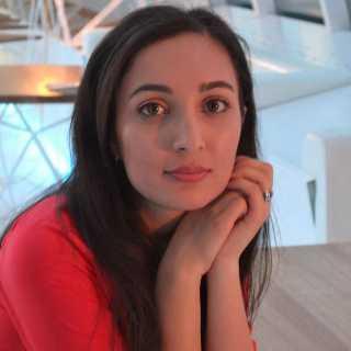 ArianaKhadem avatar
