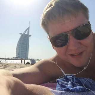 VadikKomarov avatar