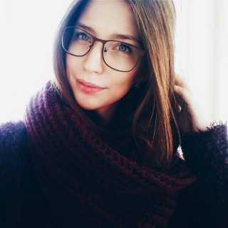 PolinaVoloshyna avatar
