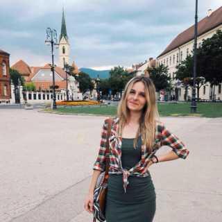 JuliaSakhno avatar