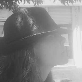 LucretiaLandmann avatar