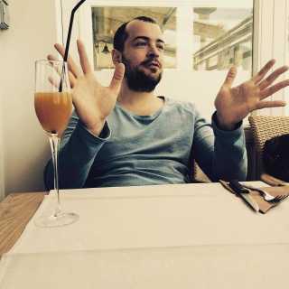 MaximAvdeev avatar