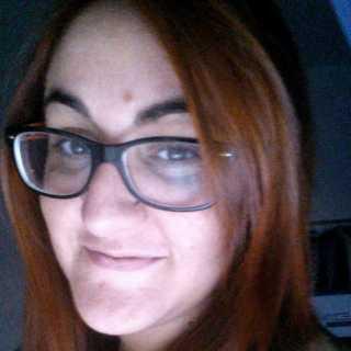 ClaudiaComis avatar