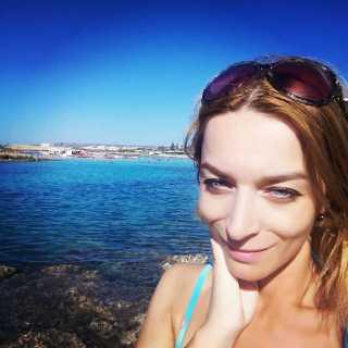 ChristinaAkopyan avatar
