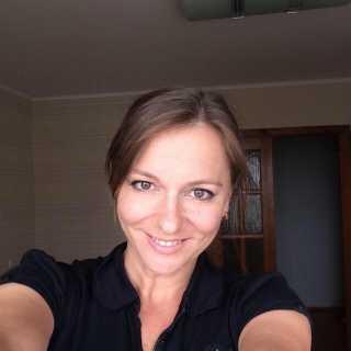 YuliaIvinskaya avatar