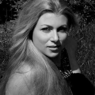 LenaSlim avatar